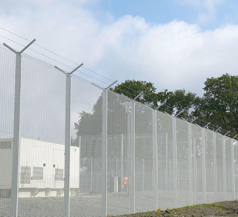 Anti climb weld mesh fence high security